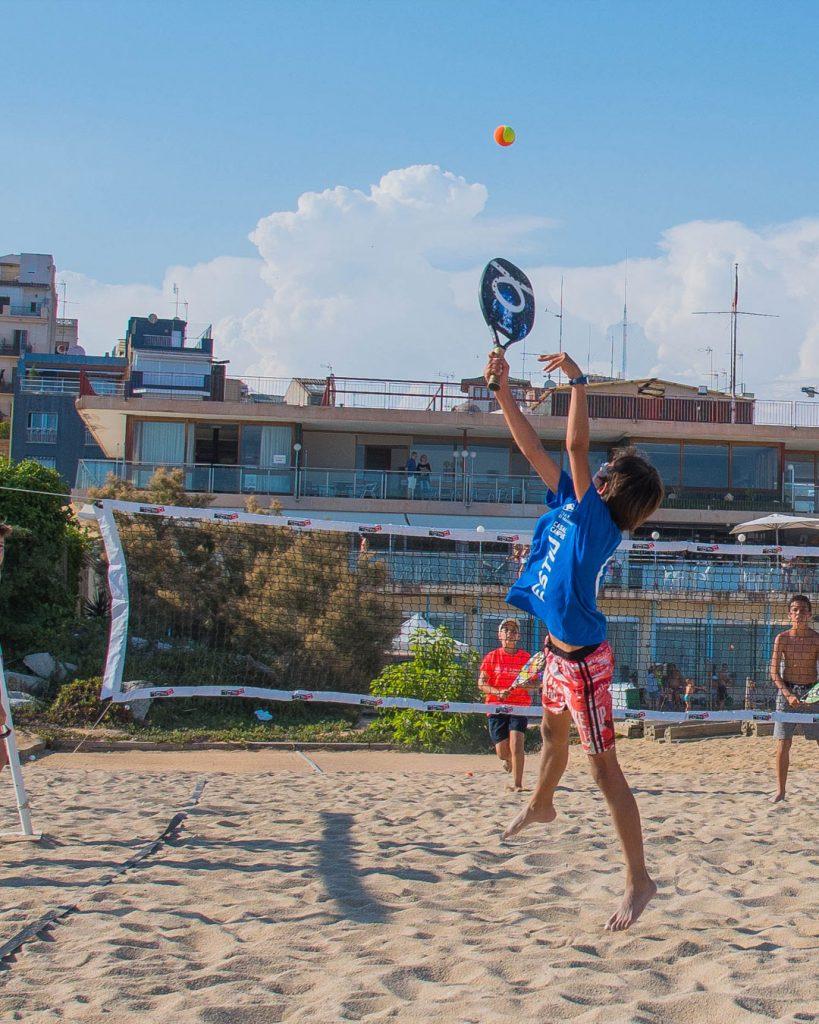 club nàutic el masnou, esport, salut, platja, mar, tennis