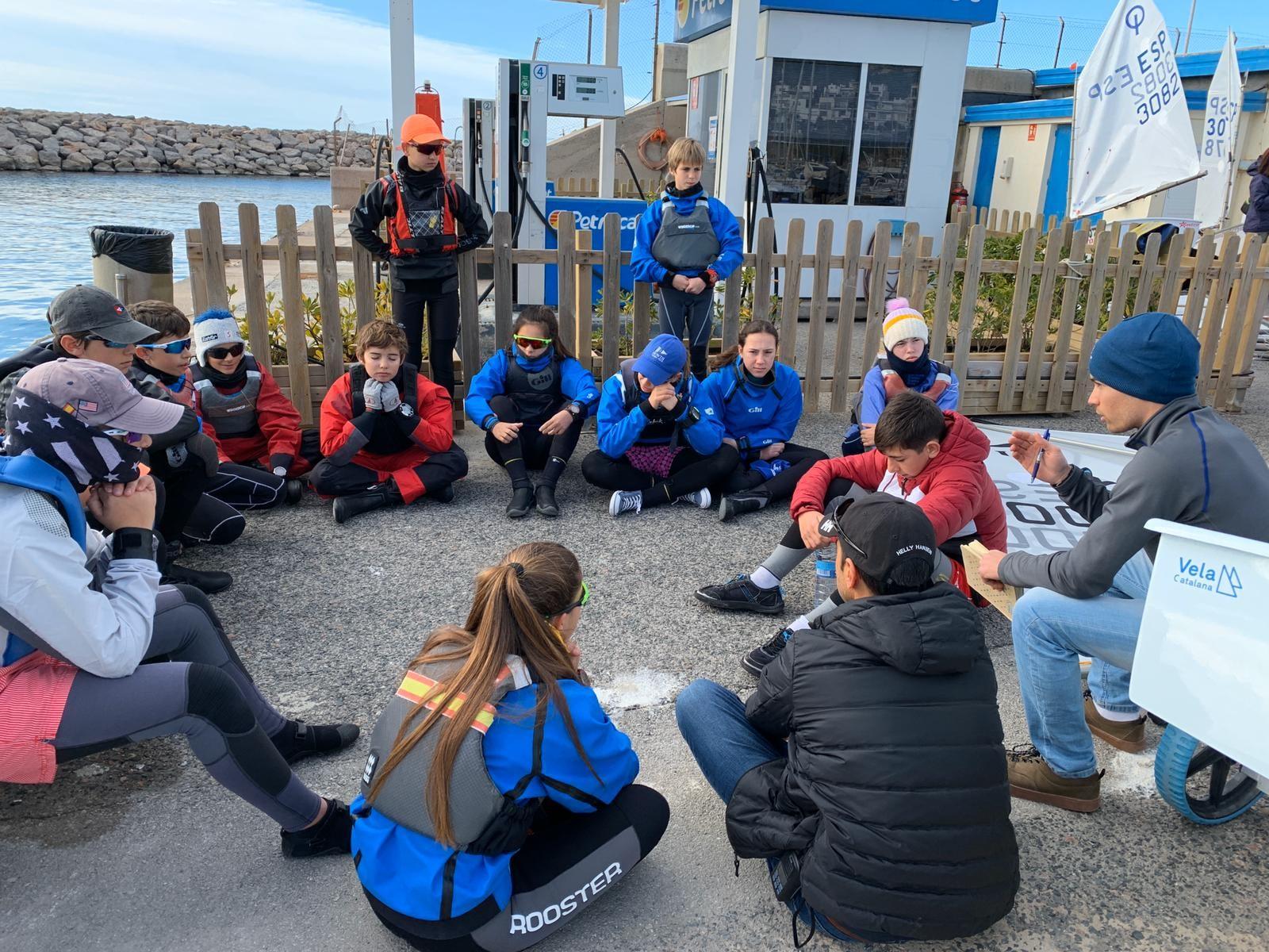 Club, nàutic, el masnou, escola, vela, CNEM, Optimist, equip, flota, regata