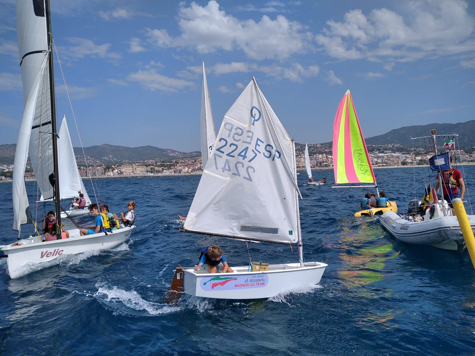 Club, nàutic, el masnou, escola, vela, esport, relax, salut, social, CNEM, tot l'any, navega, regata, diversió, Maresme, Costa, Barcelona, platja, mar, campus infantil, campus de vela, nens