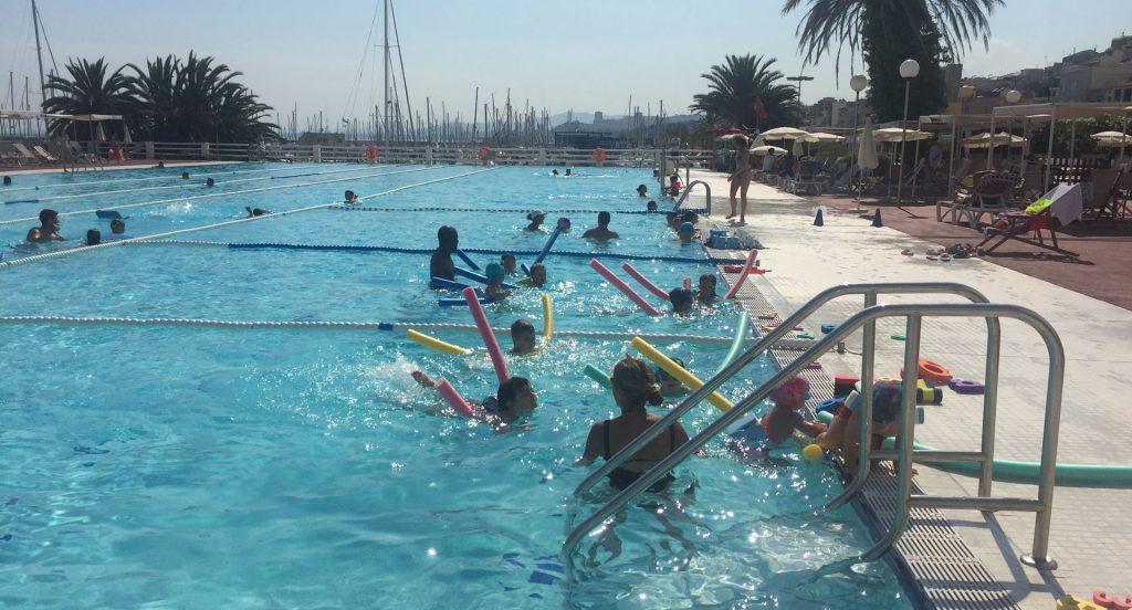 curs, natació, piscina, exterior, nens, adults