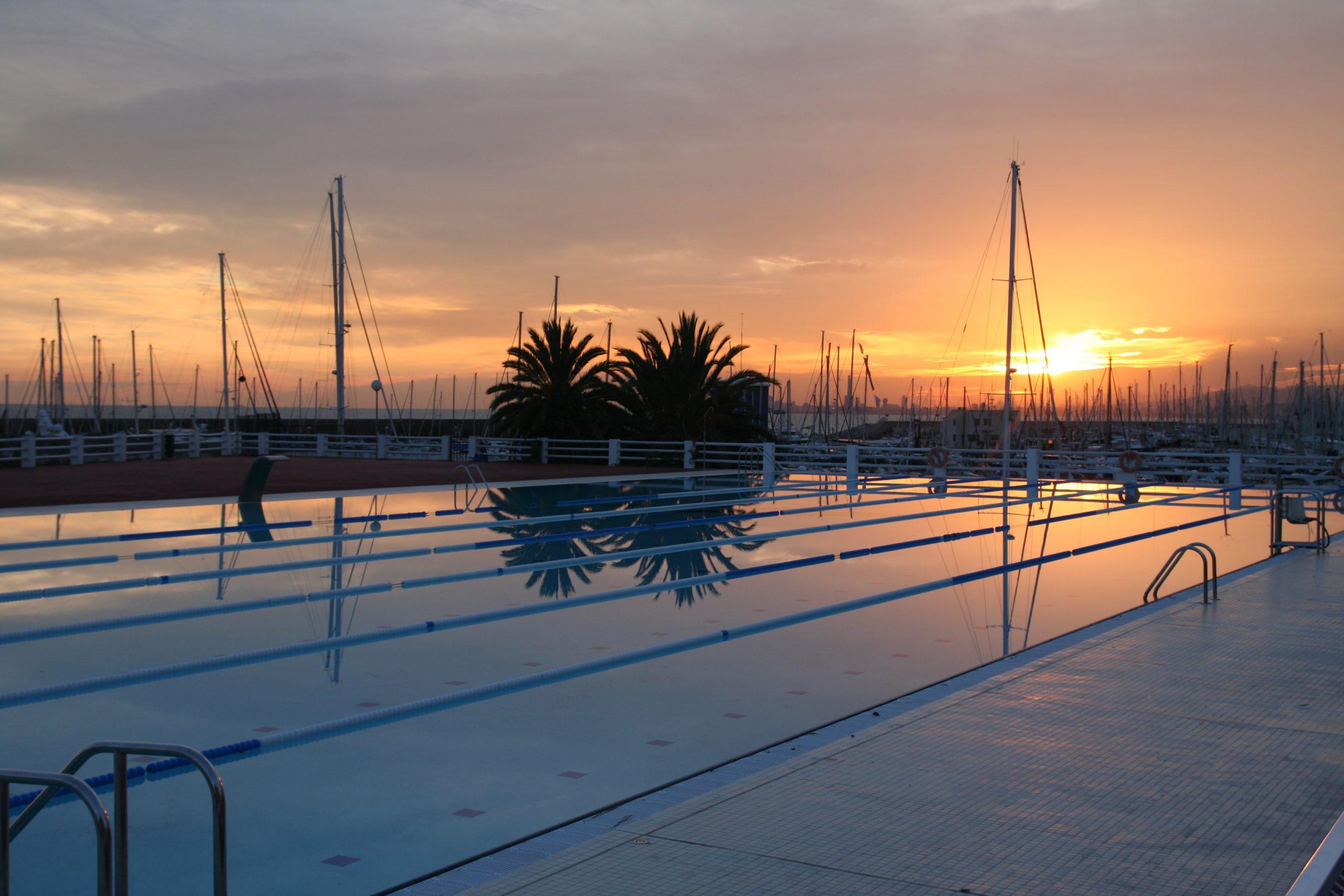 piscina, piscina exterior, nàutic, estiu, tarda, relax, instalacions